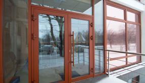 Заказить алюминиевые двери разного цвета в Астане/Нур-Султане